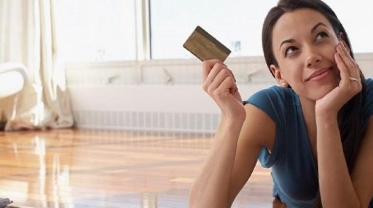 Çalışmayan Kadınlara Kredi Kartı Veren Bankalar