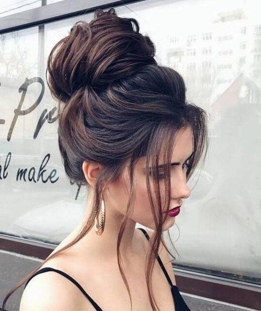 Kolay topuz saç modelleri