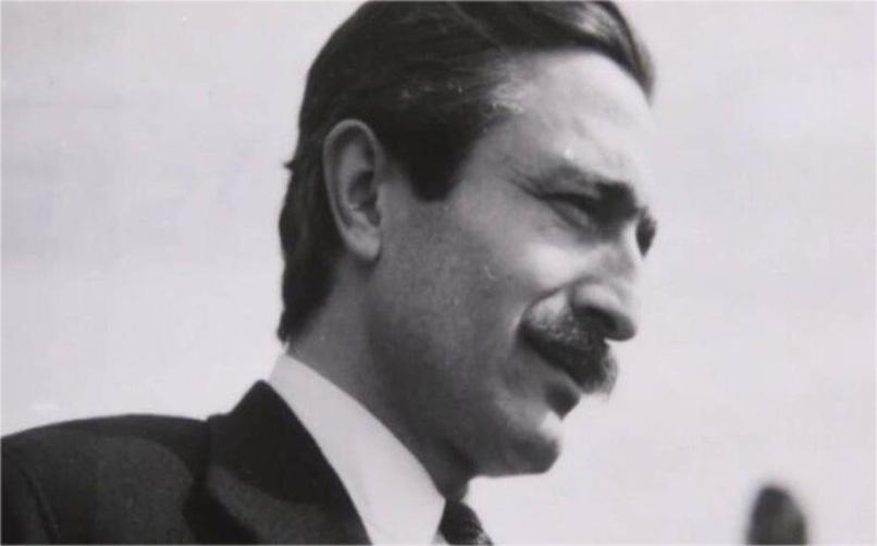 Özdemir Asaf, Lavinia
