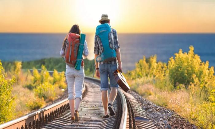 Sürekli gezin ve yeni yerler keşfedin
