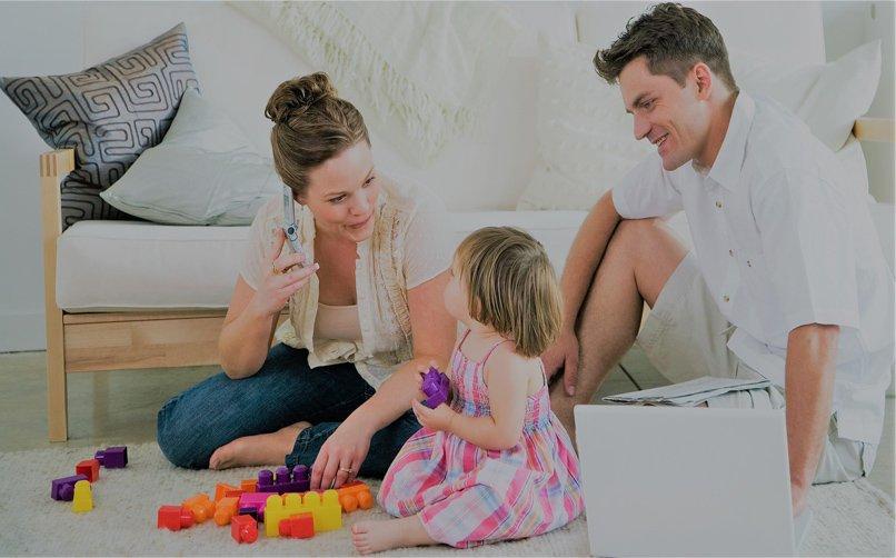 """Çocuk Gelişimindeki En Önemli Rol """"Ebeveynlere"""" Aittir."""