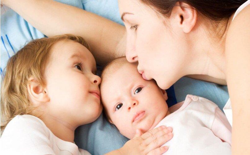 bebeğinizin dikkatini nasıl geliştirebilirsiniz