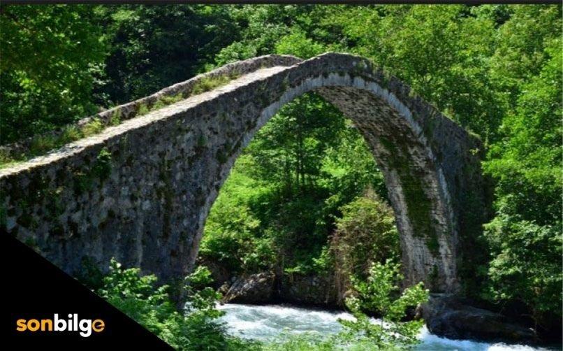Akoluk Köprüsü