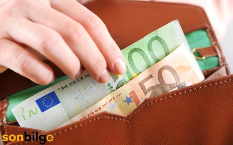 Euro Ne Zaman Alınmalı?