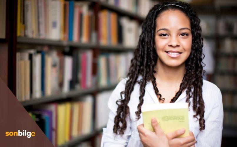 Kitap Okumak Karar Vermeyi Kolaylaştırır